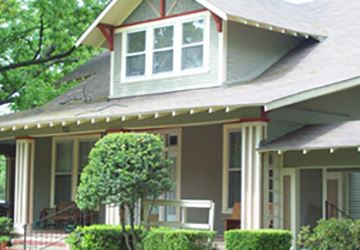 Historic Neighborhood Photo_360x250